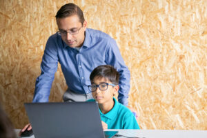 What is Online Tutoring? Why should you do it?